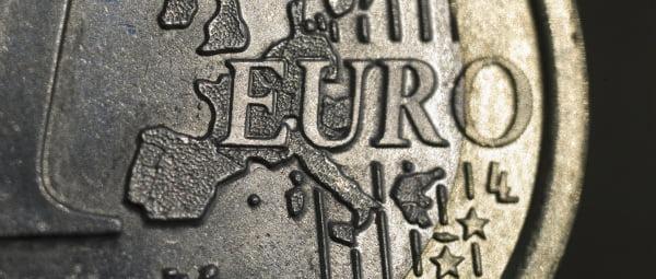 Banco de Portugal revê em baixa queda do PIB