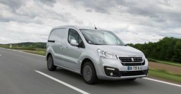 CTT renova frota com 604 comerciais ligeiros Peugeot
