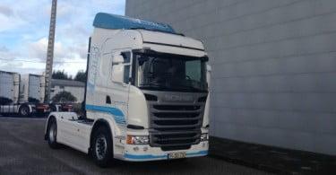 Scania entrega veículo Streamline Euro 6 à Transportes Machado & Brites