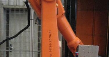 BA Vidro automatiza impressão e aplicação de etiquetas