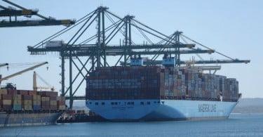 PSA Sines recebe navio porta contentores da classe Triple E
