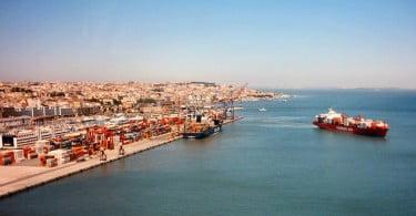 Futuro depende da renovação das concessões da margem Norte do Porto Lisboa e da ampliação do atual terminal, quiçá através de um porto seco nas margens do Tejo.