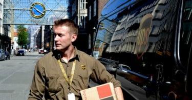 serviço de entregas expresso UPS