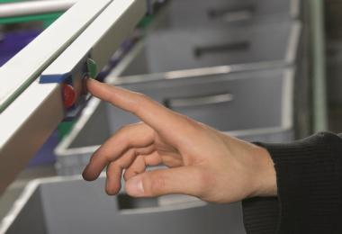 armazém automático vertical - VRC Warehouse Technologies