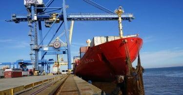 movimentação de mercadorias no porto de Lisboa