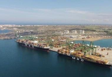 terminal de contentores do Porto de Sines