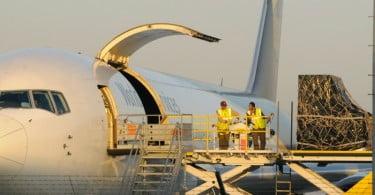 UPS - SF Holding - envios aéreos - Logística e Transportes Hoje
