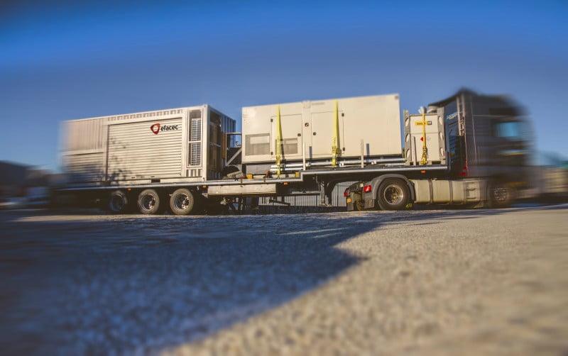 Efacec cria carregadores móveis para veículos elétricos