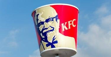 DHL e QSL vão gerir logística da KFC no Reino Unido