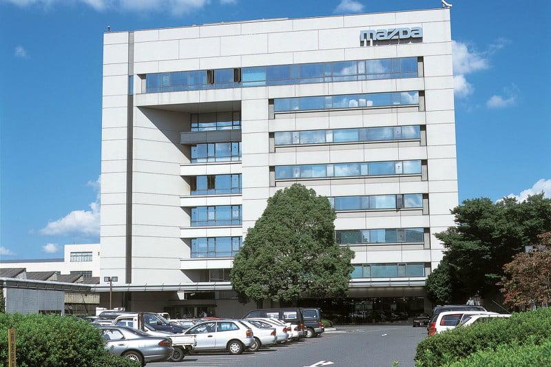 Mazda vende 783 mil veículos no primeiro semestre