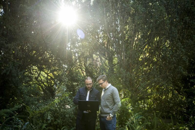 João Loureiro e Hugo Redondo conheceram-se na Decathlon, onde trabalhavam na área de transporte