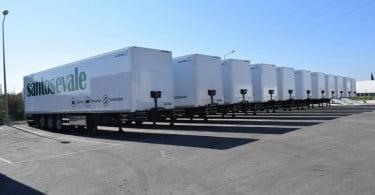Reta entrega semirreboques à Santos & Vale