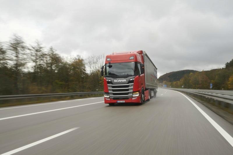 Scania volta a liderar teste europeu do camião