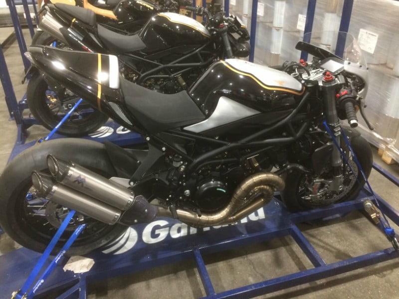 Serviço de transporte de motos da Garland quintuplica capacidade
