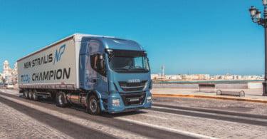 Iveco apresenta veículos movidos a gás natural no Japão