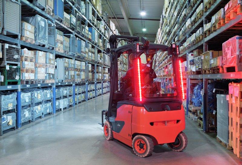 Linde Material Handling lança dois novos sistemas de iluminação de segurança