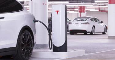 Tesla instala nova estação de supercarregadores em Portugal