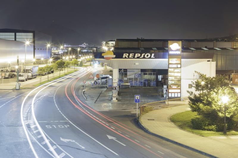 """Repsol abre estação de carregamento de carregamentos elétricos """"mais potente"""" da Europa"""