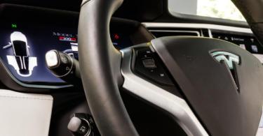 Tesla diz 'Olá' ao Porto