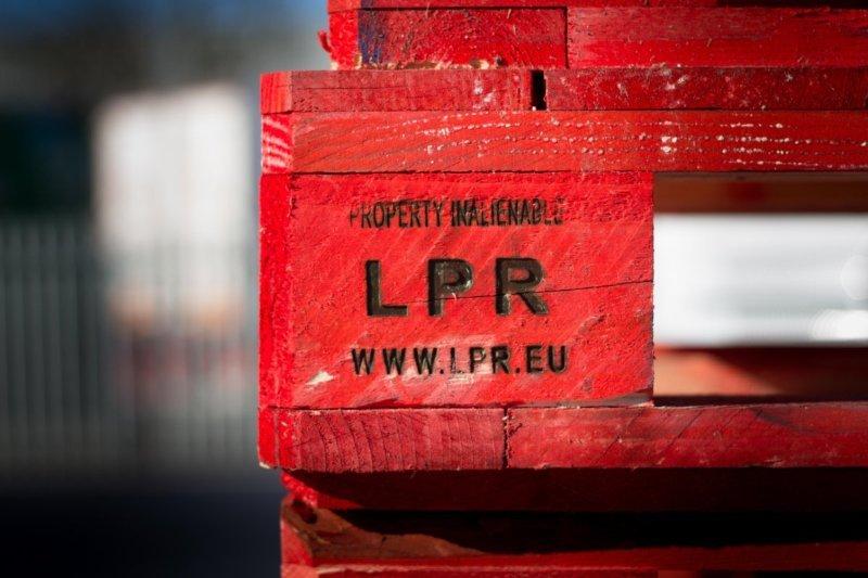 """LPR investe em """"nova geração de armazéns"""""""