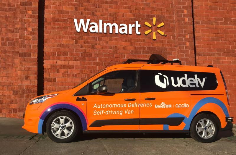Walmart inicia entregas com carros autónomos