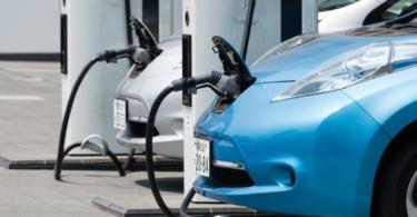 Número de veículos elétricos nas estradas nacionais duplica num ano