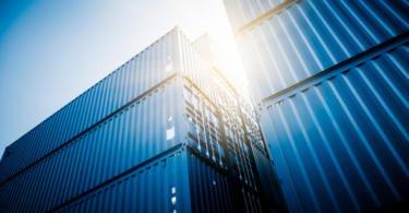 Exportações e importações em alta em fevereiro