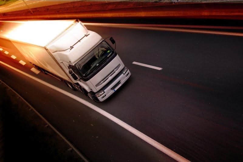Transportes e Logística dos mais afetados pelos atrasos de pagamento