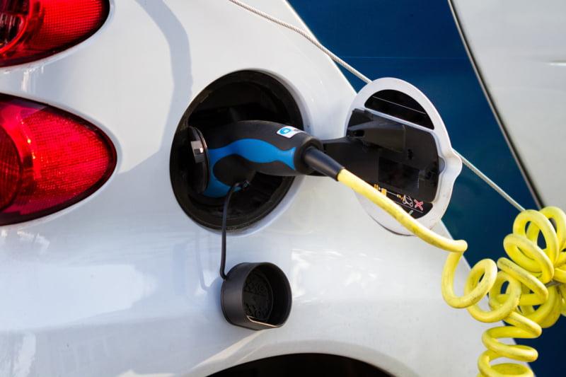 94% dos portugueses acredita que os veículos elétricos são ecológicos