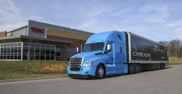 Daimler compra empresa para desenvolver tecnologia para camiões autónomos