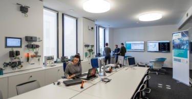 Siemens investe em dois novos centros tecnológicos