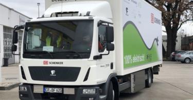 DB Schenker avalia benefícios de adicionar camiões elétricos na frota de serviços logísticos