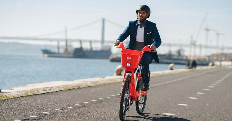 Uber promove utilização integrada com transportes públicos e bicicletas JUMP