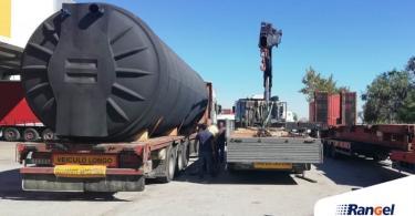 Rangel transporta reservatório de água de grandes dimensões para Luanda