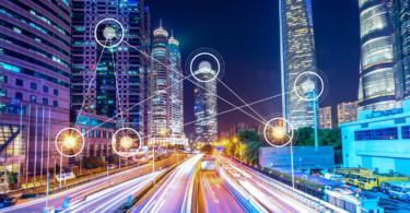 Como os veículos vão comunicar entre si e com as infraestruturas inteligentes