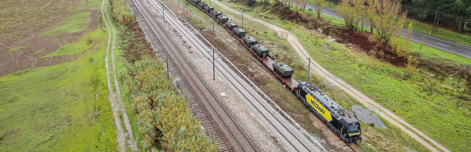 MEDWAY transporta 28 viaturas para o Exército Português