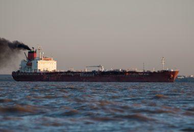 Limite máximo de 0,5% de enxofre para navios entra em vigor a nível mundial