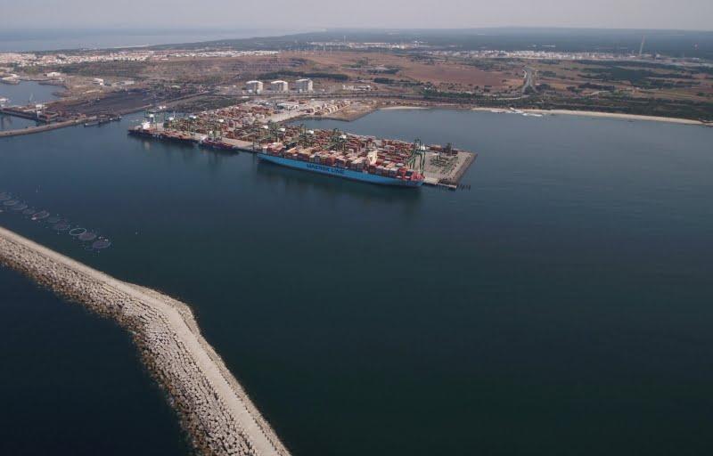 Arrancam obras de expansão do Porto de Sines