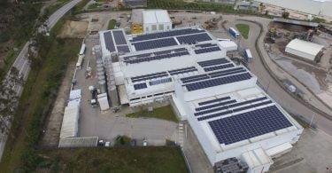 SunEnergy instala 1 890 painéis solares fotovoltaicos na Logoplaste