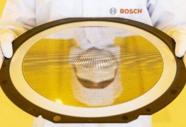 A Bosch inaugurou a sua fábrica totalmente conectada, orientada por dados e auto otimizada de chips semicondutores em Dresden na Alemanha.