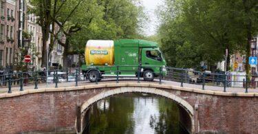 A Fuso, subsidiária da Daimler Truck, já entregou mais de 250 camiões elétricos eCanter a clientes na Europa, Japão, EUA e Nova Zelândia.