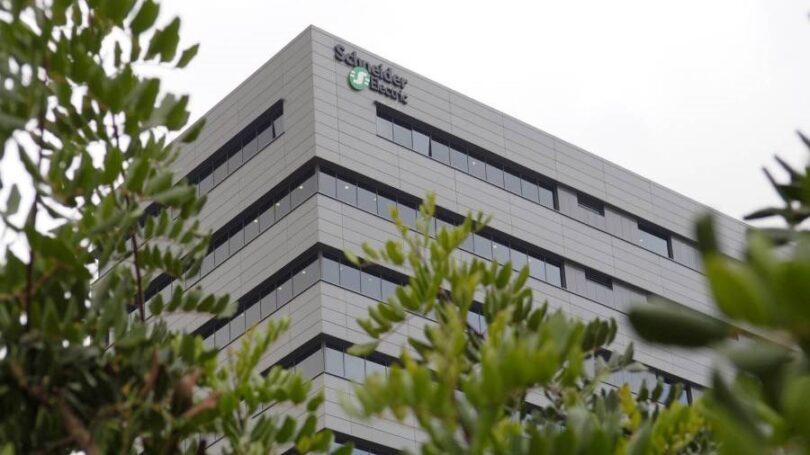 A Schneider Electric vai implementar novas medidas de flexibilidade para as suas equipas em Portugal e Espanha, como a aquisição de férias.